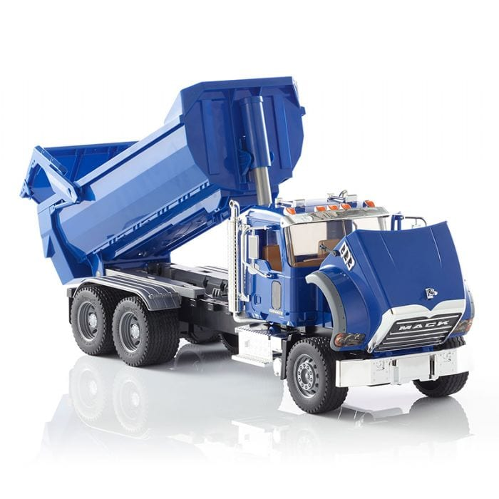 משאית פסולת כחולה MACK – BRUDER