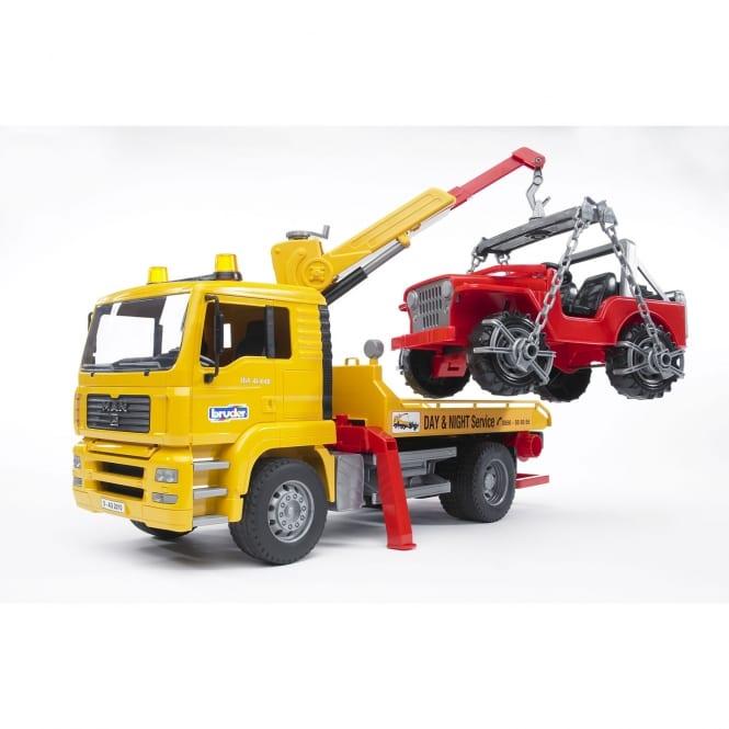 משאית MAN TGA גורר + ג'יפ – BRUDER