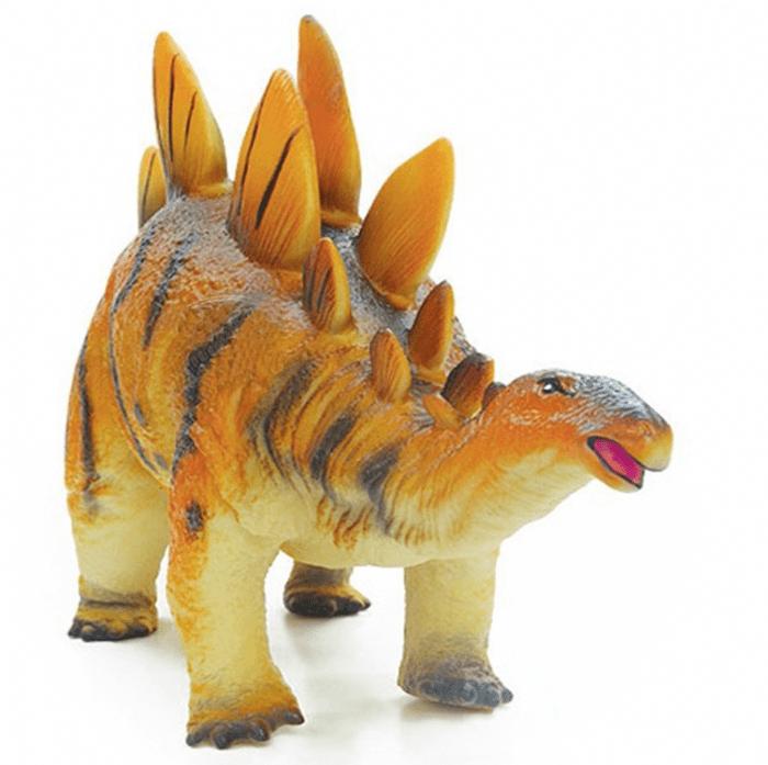 סטגוזאור ענק רך משמיע קולות