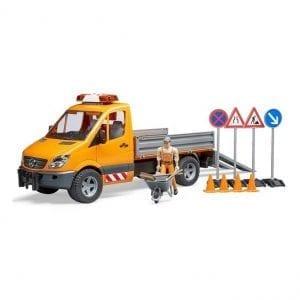 משאית MB + תמרורים + עובד – BRUDER