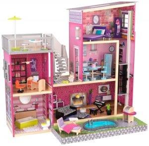 בית בובות ענק + בריכה לילדים