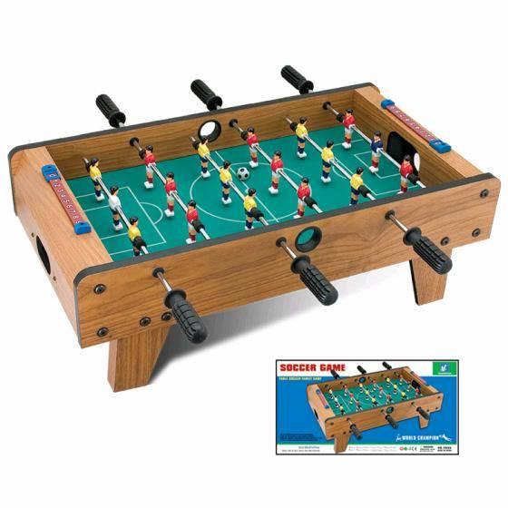 שולחן כדורגל גדול מעץ