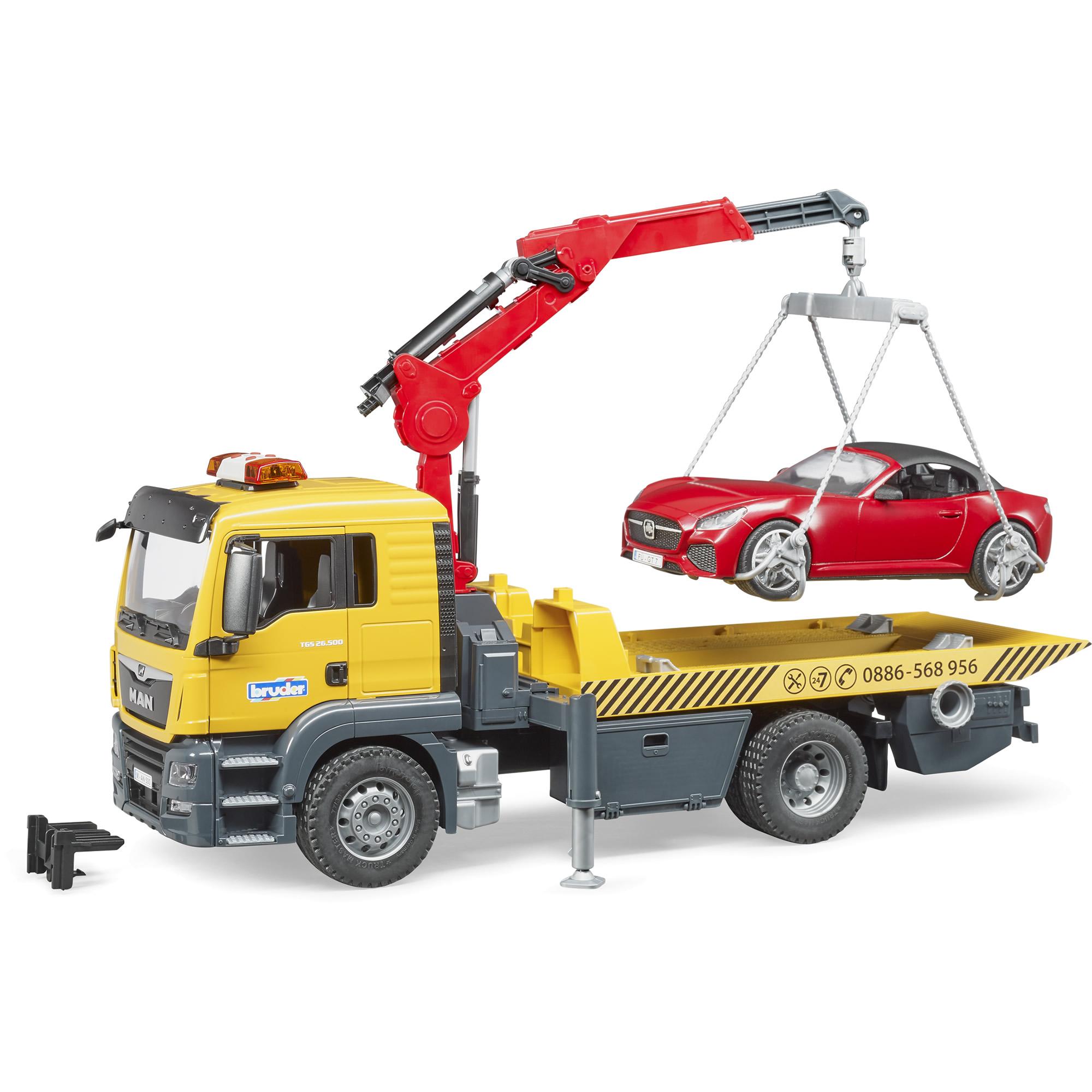 משאית גרר עם מנוף גוררת רכב ספורט רודסטר – BRUDER